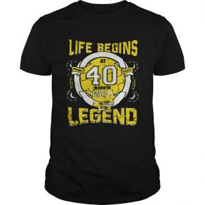 Life begins at 40 born in 1979 the year of the legend tshirt