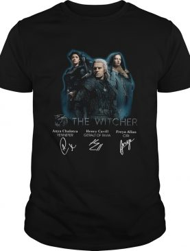 The Witcher Henry Cavill Freya Allan Anya Chalotra signatures shirt