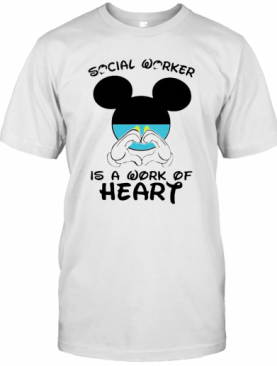 Mickey Mouse Social Worker Is A Work Of Heart COVID 19 T-Shirt