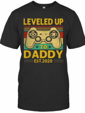 Leveled Up To Daddy Est 2020 Vintage T-Shirt