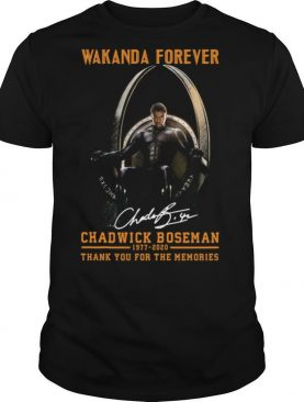 Wakanda forever black panther chadwick Boseman 1977 2020 thank you for the memories signature rip king shirt